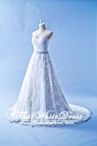 212W02 Princess Lace Wedding Dress