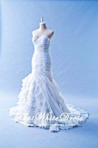 401W005 Trumpet Vera Wang Pleated Layered Rose Ruffles Sweet Heart Tube Wedding Dress Designer Malaysia