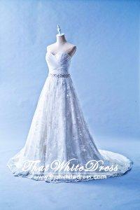 212W02 Princess Lace Wedding Dress