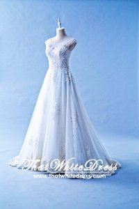 608LL01 LL Illusion Neckline Zip Button Princess Wedding Dress Designer Malaysia